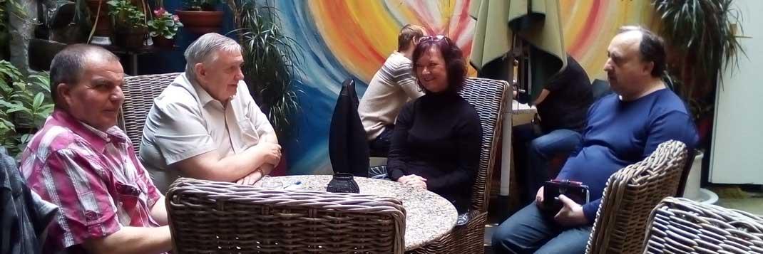 Marta Semelová se zástupci spolku Šance na návrat