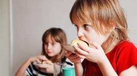 děti, jídlo, obědy